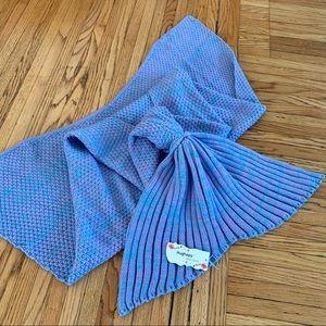Hughapy Blue & Purple Mermaid Tail Blanket